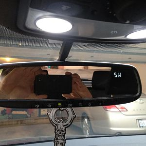 Auto dimming mirror with home link. and complete LED interior light kit including glove box and rear cargo light.